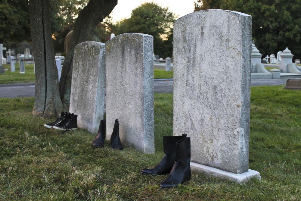 self-cemetery13.jpg