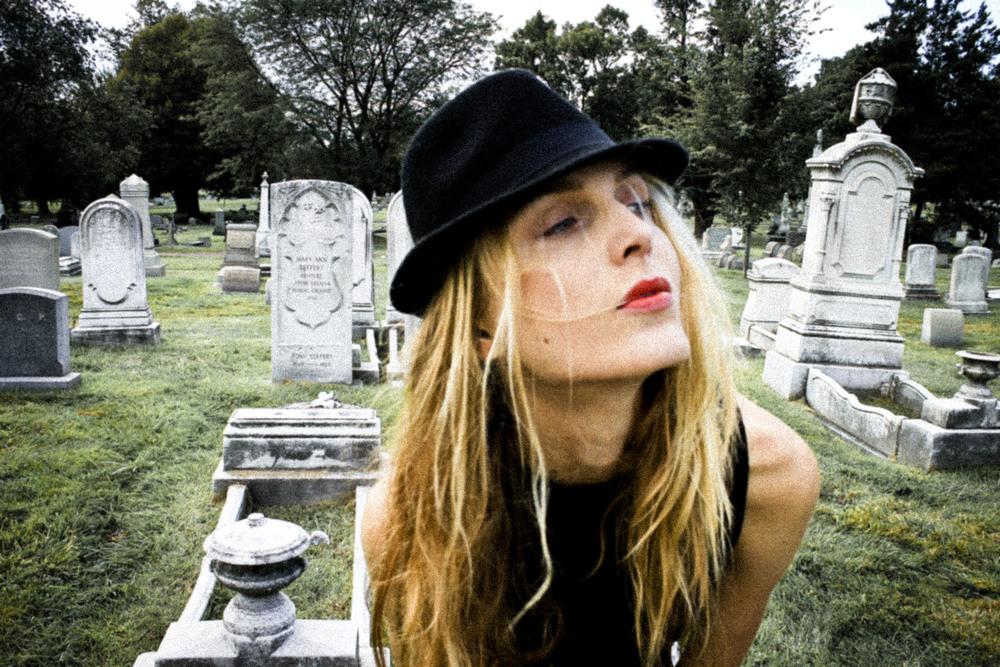 Self-Cemetery120130928_0057edit.JPG