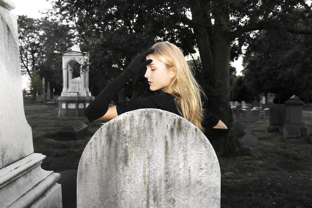 Self-Cemetery120130928_0035edit.JPG