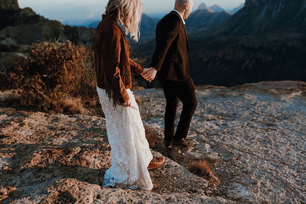 National_Park_Big_Bend_Elopement00088.jpg