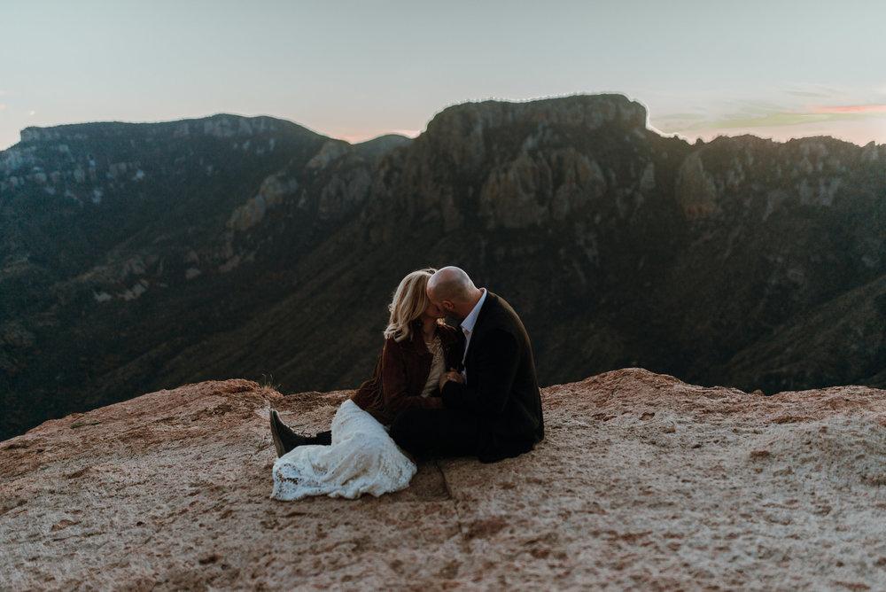 National_Park_Big_Bend_Elopement00336.jpg
