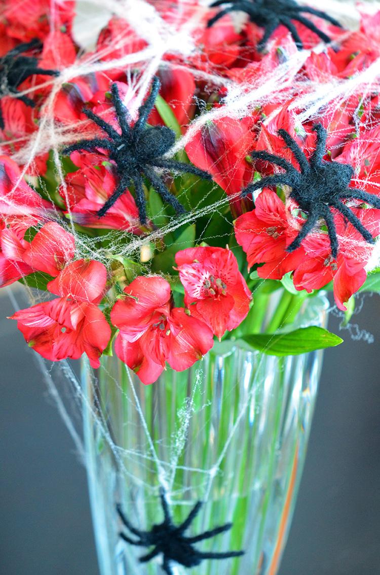 Link: SPOOKY Flowers