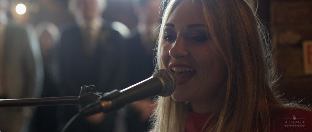 JENNIE SAWDON SINGER 1.jpg