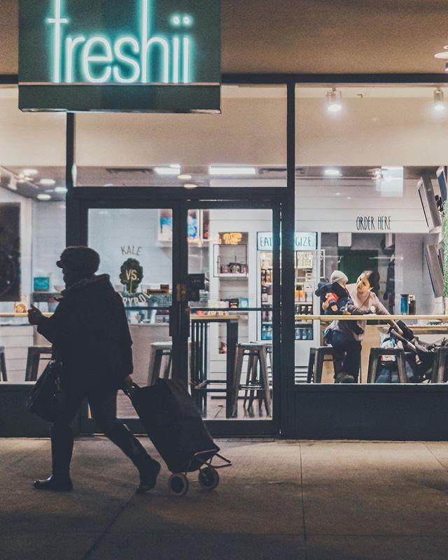 Outside in . . . . #torontophotography #streetphotography #torontonian #streetphotographers #torontophotographer #streetsoftoronto #streetshot #torontophoto #toronto_insta #cityphotography #toronto #torontoblogger #citylife #streetstyle #streetgram #torontolife #urbanphoto #urbanphotography #visualtoronto #exploretoronto #candidphotography #citygrammers #streetxstory #streetphotographyinternational #streettogether #photodocumentaryproject #frontstreet #nightphotography