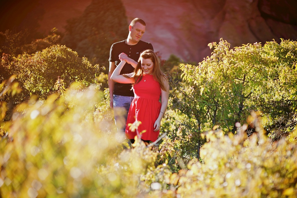 maddie-mae-photography-maddie-mae-photo-red-rocks-engagement-session-red-rocks-engagement-photographer-denver-engagement-photographer-denver-wedding-photographer-morrison-engagement-session-morrison-engagement-photographer-blanket-engagement-photo