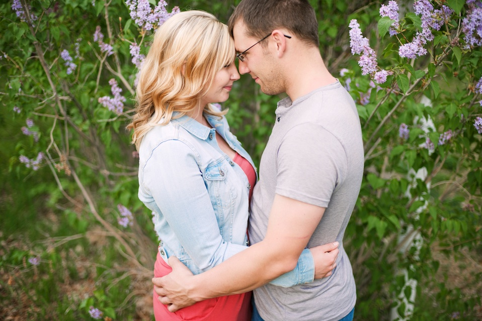 maddie-mae-photo-maddiemaephoto-maddie-mae-photography-madeleine-wilbur-apple-tree-blossom-spring-engagement-shoot-photoshoot-lone-hawk-farms-engagement-wedding-longmont-colorado-photographer 5
