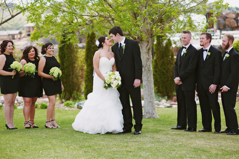 maddiemaephoto-maddie-mae-photography-maddie-wilbur-madeleine-wilbur-island-at-water-valley-wedding-photographer-pelican-lakes-golf-course-club-wedding-photographer-green-wedding-spring-green-wedding-colorado-wedding-photographer 1