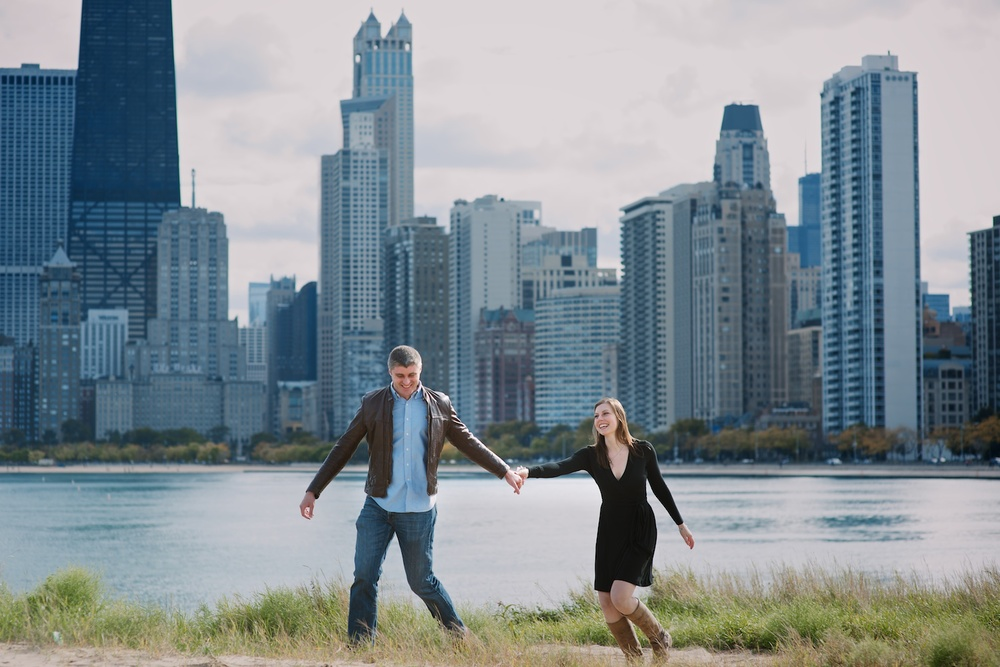I love this gorgeous engagement session on North Avenue Beach in Chicago, IL by Maddie Mae Photography.
