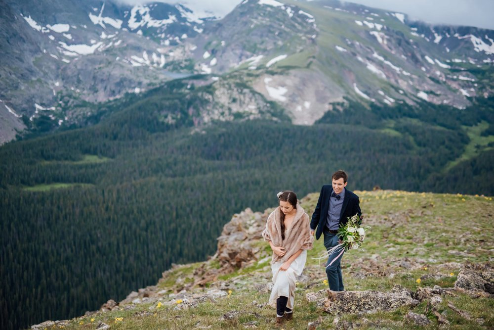 Rocky Mountain National Park is absolutely stunning! I love the mountains in Colorado! Photo by Maddie Mae Photography