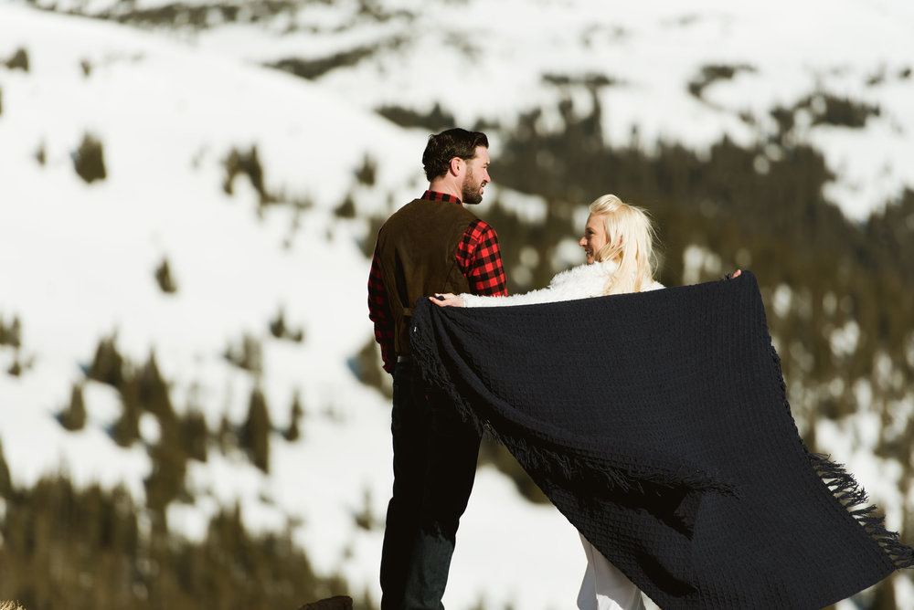 I'd love to cozy up on the side of the mountain in Loveland Pass with my new hubby... how amazing is this elopement spot? | Photography for adventurous couples by Maddie Mae