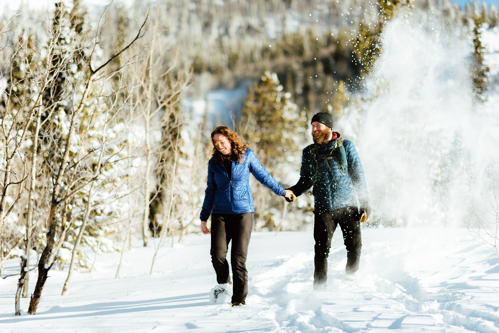 I want to have my engagement photoshoot at Lost Lake in Colorado! I absolutely love the idea of doing a snowshoeing session in the winter! So romantic... | Intimate engagement photos by adventurous Colorado wedding photographer, Maddie Mae.