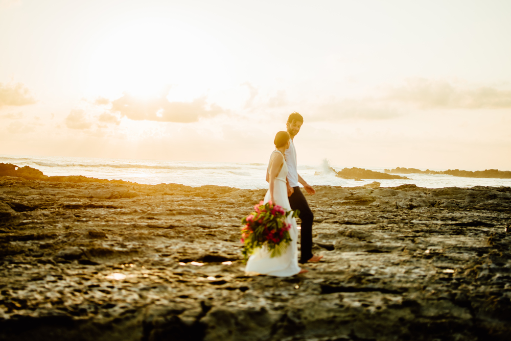 Stefan and Martina definitely did it right by eloping in Costa Rica! I totally want a destination beach wedding in Costa Rica! | Costa Rica wedding photography by destination wedding photographer, Maddie Mae.