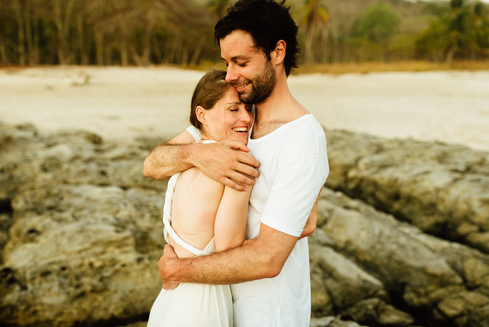 Stefan and Martina are one of the sweetest couples I've ever seen! I love how their Costa Rica destination elopement photos turned out! | Beach wedding photography by destination wedding photographer, Maddie Mae.