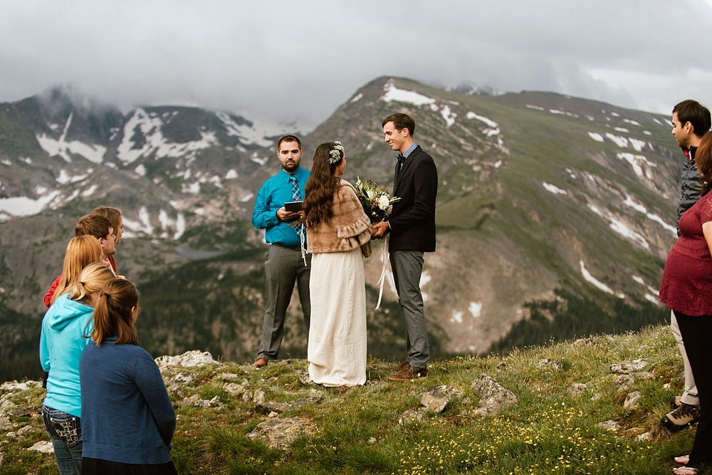 Jessica and Edward's intimate mountain ceremony in RMNP near Estes Park was gorgeous! I love her ivory crocheted wedding dress! | Estes Park elopement photos by Trail Ridge Road elopement photographer, Maddie Mae.