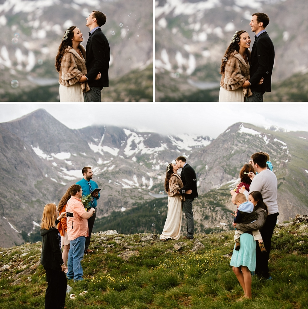 These mountain elopement in Rocky Mountain National Park photos are so gorgeous! Congrats to the happy couple on their wedding day on Trail Ridge Road in Estes Park, Colorado! | Private mountain ceremony photos by adventurous elopement wedding photographer, Maddie Mae.