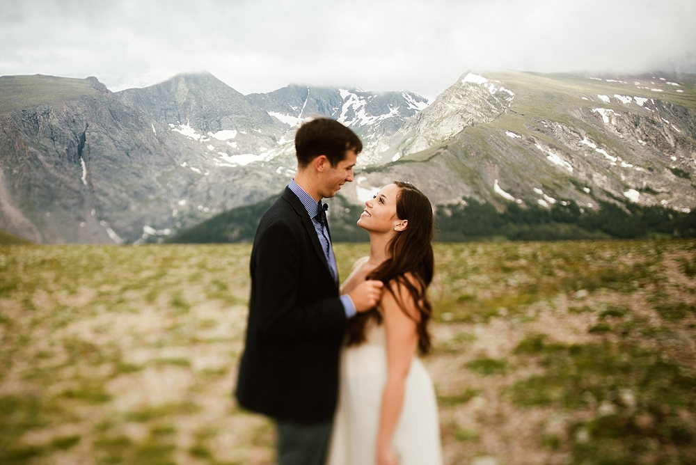 Seeing the pictures from this mountain elopement just got me even more excited for my Estes Park Wedding this winter! | Mountain elopement photos by adventure wedding photographer, Maddie Mae.