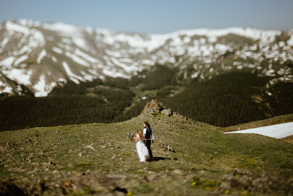 It's truly amazing when you have a gorgeous couple, stunning scenery, and perfect weather come together to form the most amazing wedding day. This sunrise trail ridge road elopement in Rocky Mountain National Park is one for the books! Hiking adventure elopement photos by Rocky Mountain National Park elopement photographer, Maddie Mae.