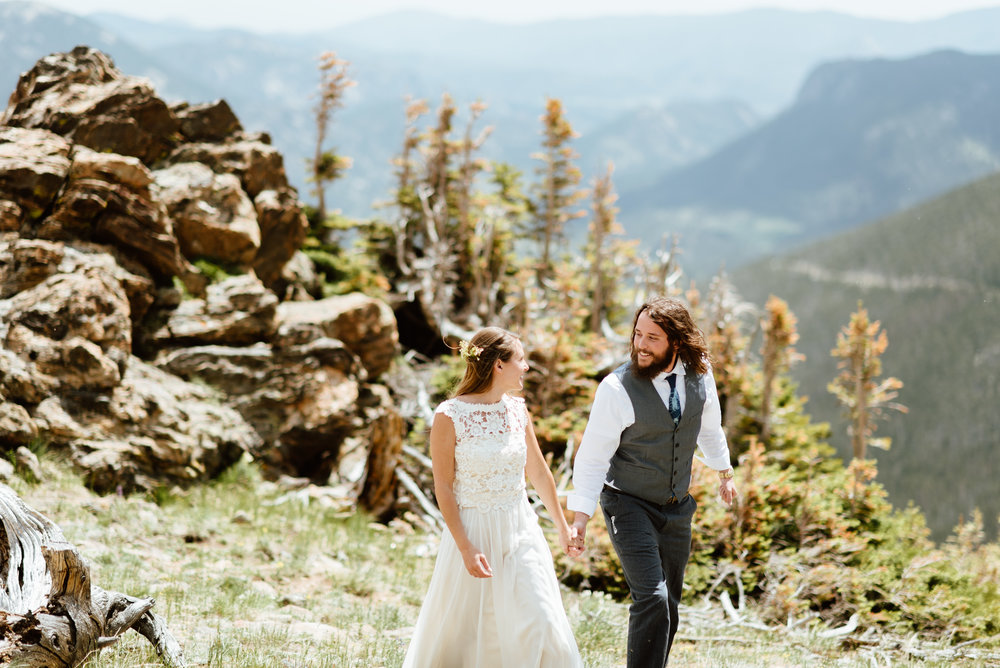 Wow this wedding is amazing! I can't believe how much I love this RMNP wedding! | Rocky Mountain National park elopement photos by Colorado wedding photographer, Maddie Mae.