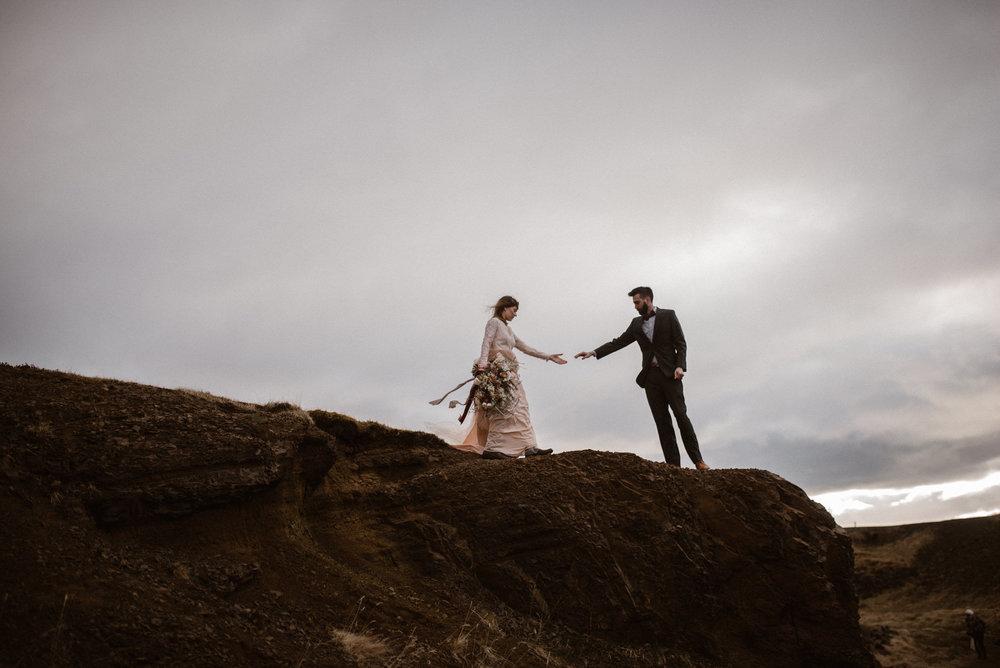 colorado-elopement-photographer-maddie-mae-adventure-wedding-photographer-intimate-wedding-photographer-adventurous-elopement-locations-10.jpg
