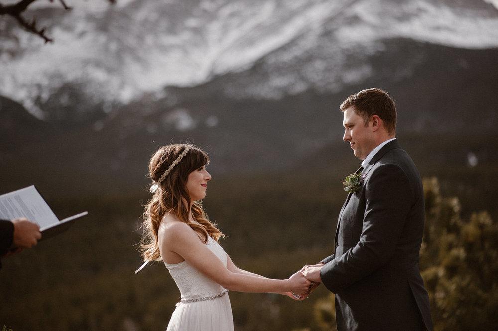 colorado-elopement-photographer-maddie-mae-adventure-wedding-photographer-intimate-wedding-photographer-adventurous-elopement-locations-3.jpg