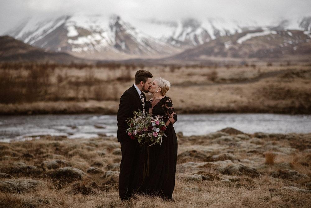 colorado-elopement-photographer-maddie-mae-adventure-wedding-photographer-intimate-wedding-photographer-adventurous-elopement-locations-7.jpg