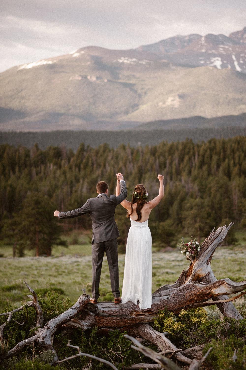 colorado-elopement-photographer-maddie-mae-adventure-wedding-photographer-intimate-wedding-photographer-adventurous-elopement-locations-14.jpg