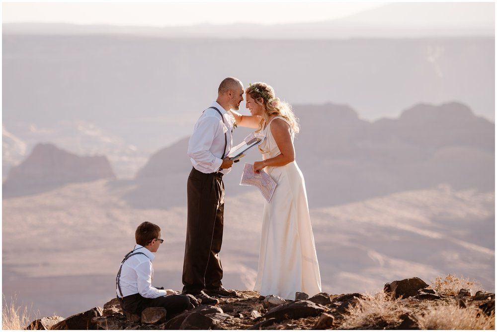 Planning an elopement ceremony and what you should do during your ceremony can look a lot like planning a traditional wedding ceremony, from exchanging vows with your partner, exchanging rings, and having a first kiss. If you're looking for advice on what to do during your elopement ceremony, this article can help. Photo by Adventure Instead, Maddie Mae.