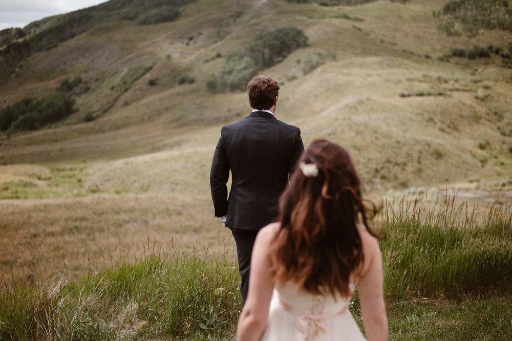 colorado-elopement-photographer-maddie-mae-adventure-wedding-photographer-intimate-wedding-photographer-adventurous-elopement-locations-19.jpg