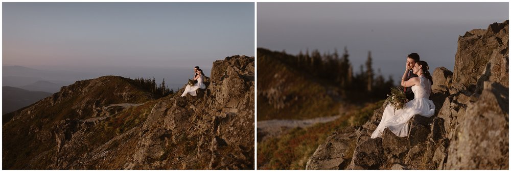 Lauryn and David sit at the top of the mountain and watch the sunrise during their Mount Rainier wedding. These side-by-side adventure elopement photos were captured by Washington elopement photographer Adventure Instead.