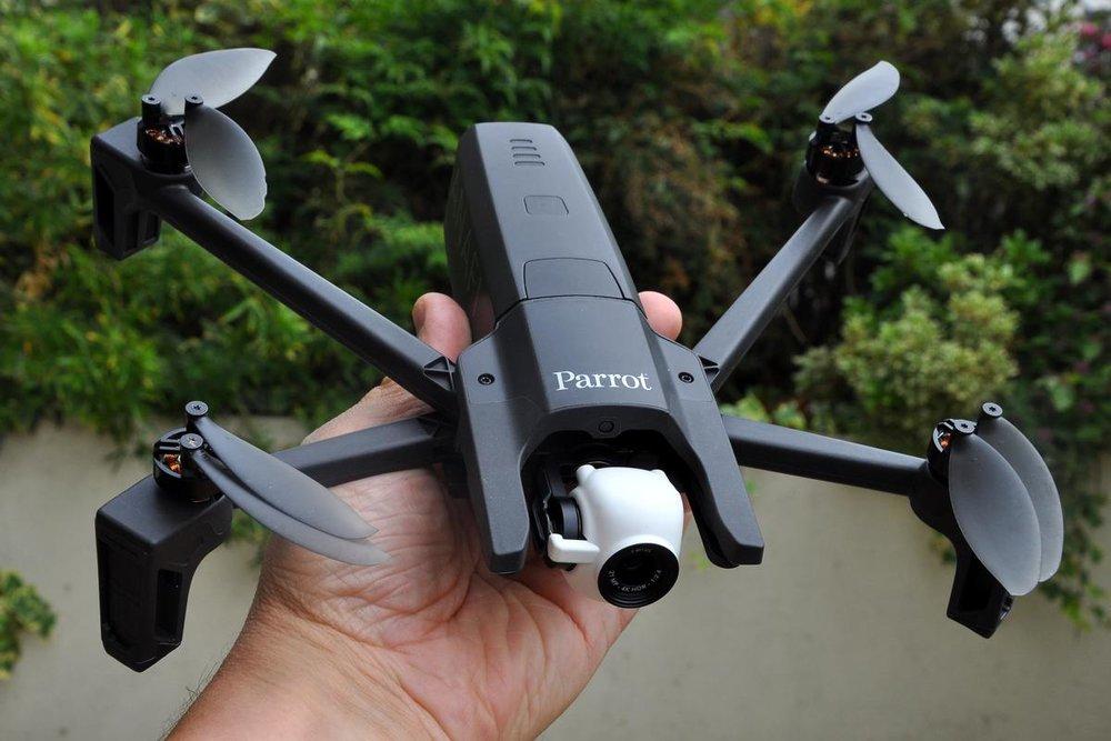 Parrot-Anafi-DJI-competitor.jpg