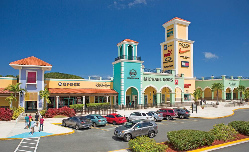Premium Outlets, Puerto Rico.jpg
