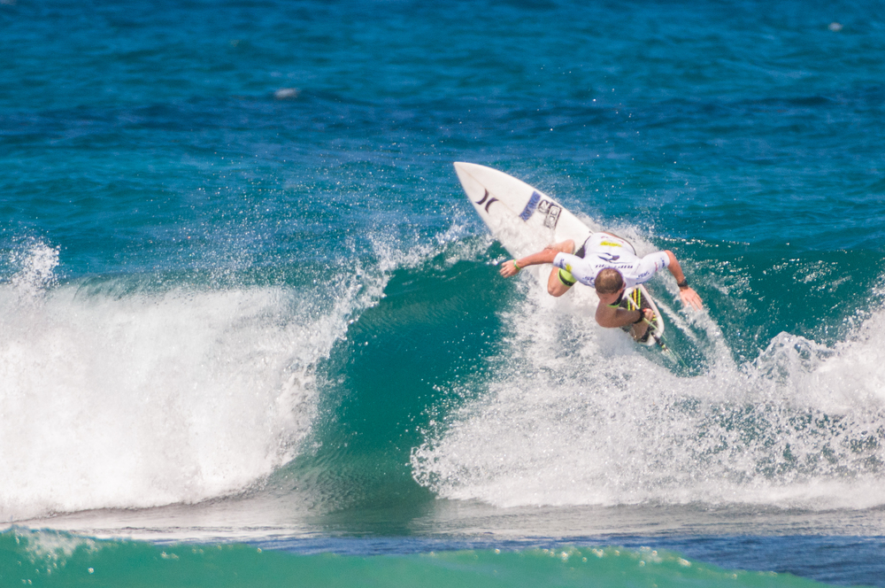 Surfing en  Rinc+¦n  por Rafael Buxeda Diaz.jpg