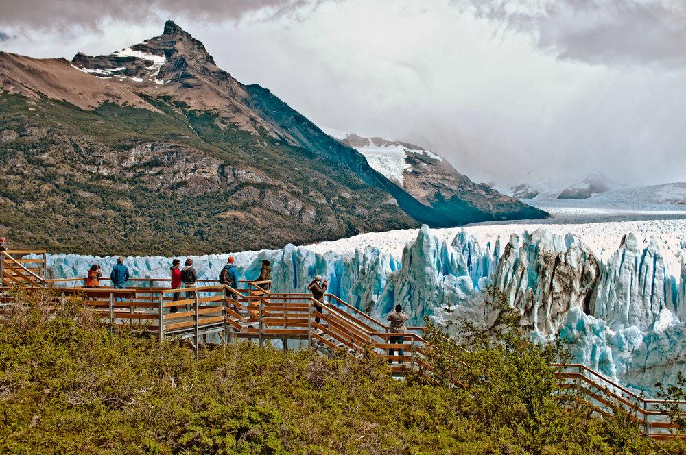 Perito Moreno    Hacemos trekking sobre el glaciar más mítico