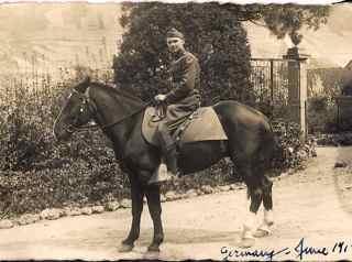 MacRitchie, John - horse.jpg