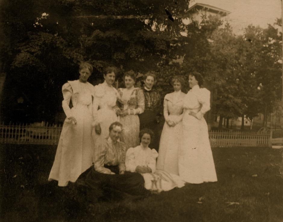 Stock - Fau R, Camie, Ida Barker Cooper, Mabel Thatcher, Helen R., Min Barker, Madge, Jor Schell Sibbald - 1898.jpg