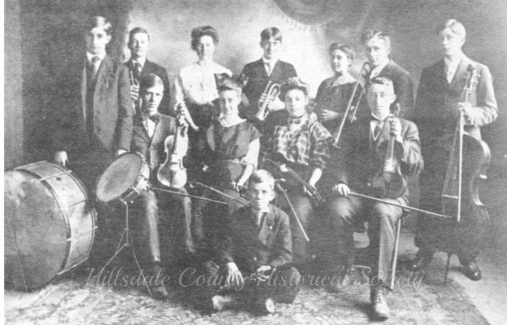 the jonesville high achool orchestra of 1907-08 included Chauncey Burnett, dewitt dudley, clarence sanger, nina langdon, harold lefevre, albert lefevre, richard varnum, alice kirby, margery godfrey, hay deal and sterling withington.