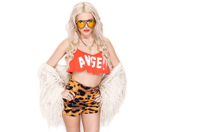 wildfox - gypsy warrior - i hate blonde - rachel lynch