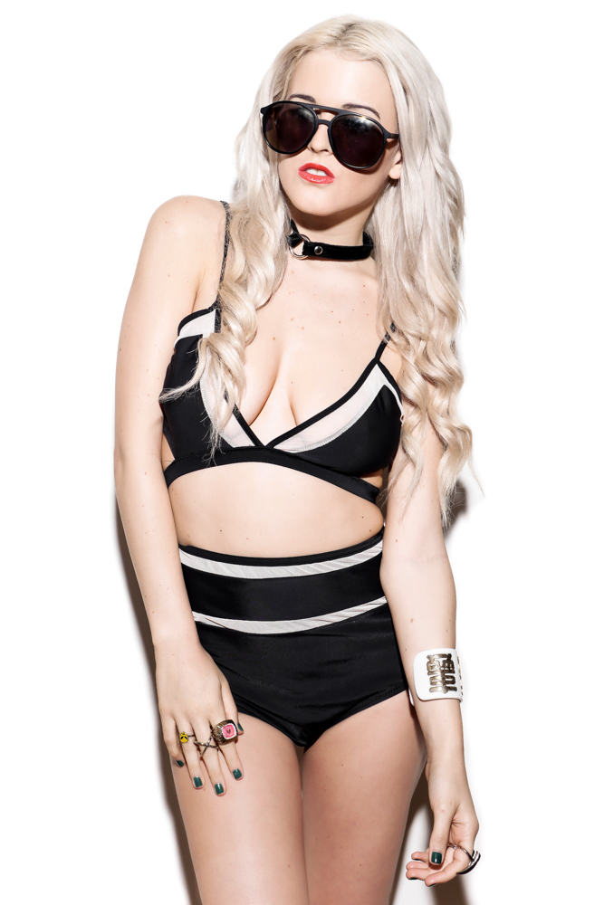 rachel lynch - UNIF - i hate blonde - dollskill - revolve