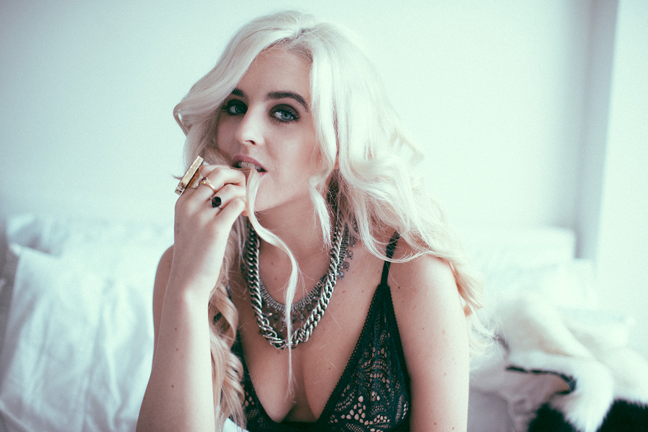 for love and lemons - rachel lynch - i hate blonde