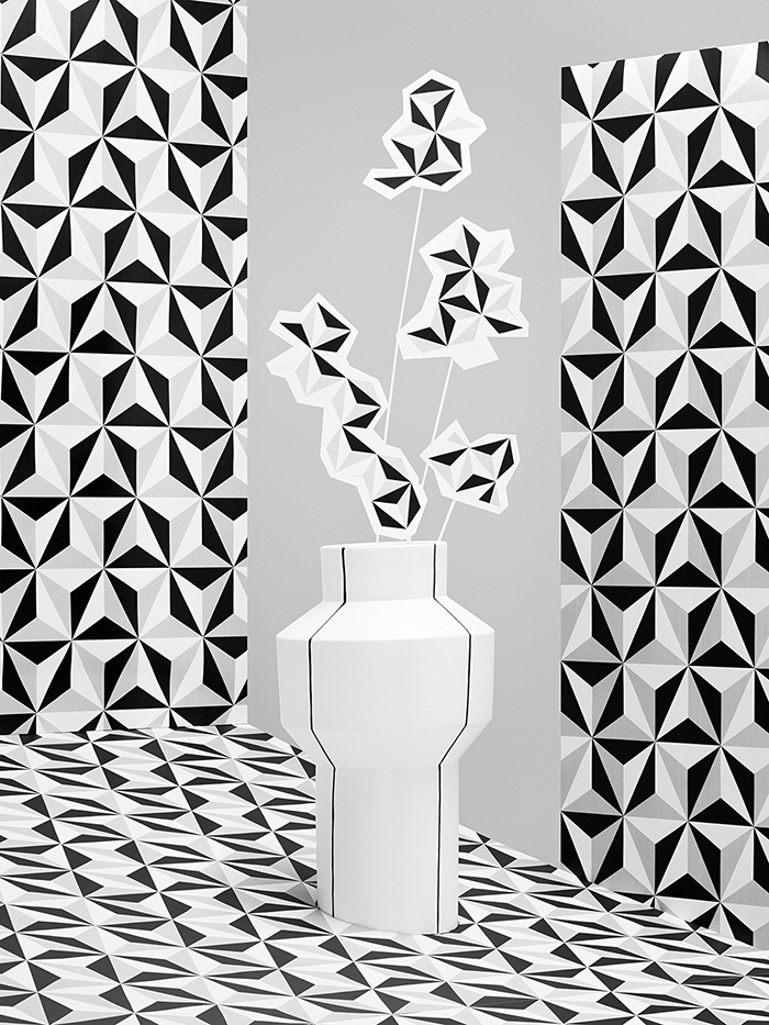 Vase M2 700px.jpg