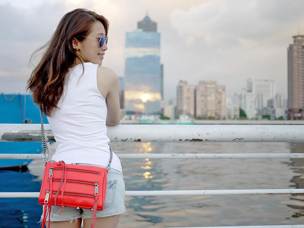 偷偷放張下一集的RM bag, 紅色的zipper style