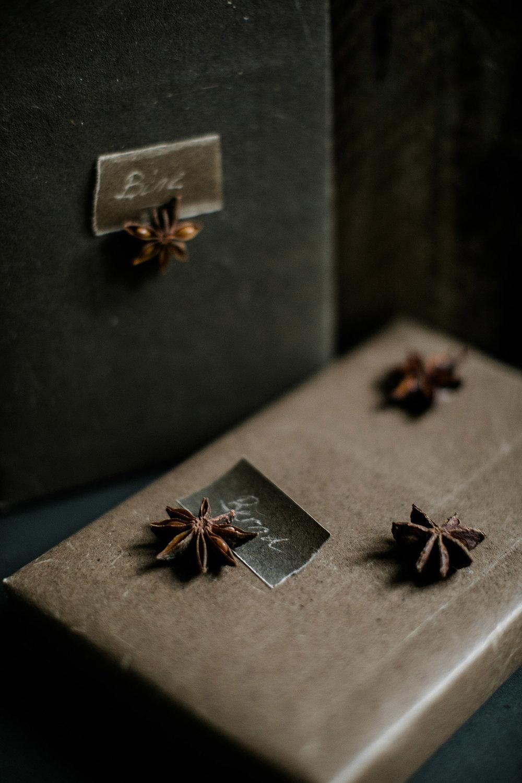 geschenkverpackung-weihnachten-granit-wachspapier-4