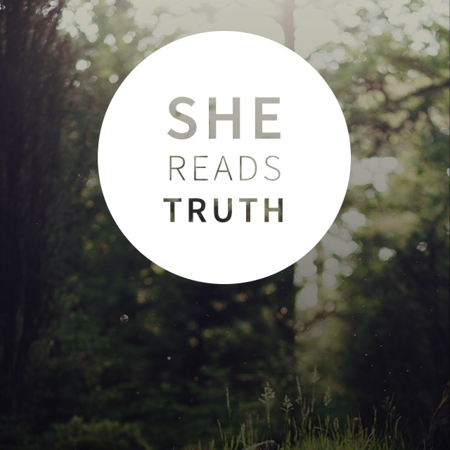 Image taken from the She Reads Truth smartphone app.