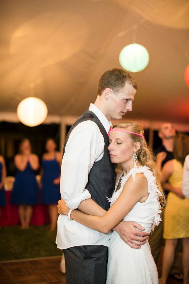 Soaking up a moment on the dance floor! (Image by Natalie Franke)