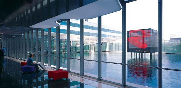 Vodaphone Lisbon3.jpg