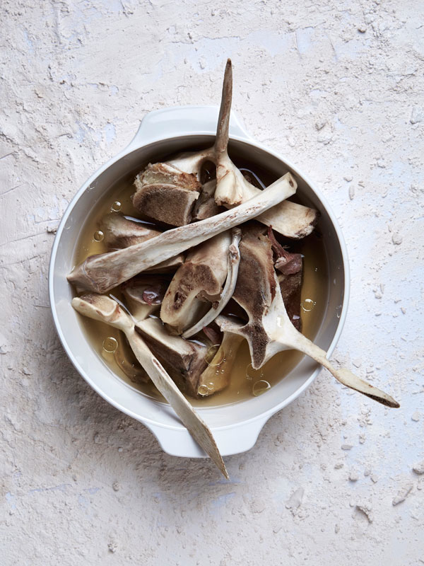 2-Bone-Broth_boil-your-bones-1.jpg