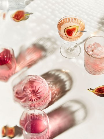 Louise_Hagger_Cocktails_pink_3_RARE_Trayler-360x480.jpg