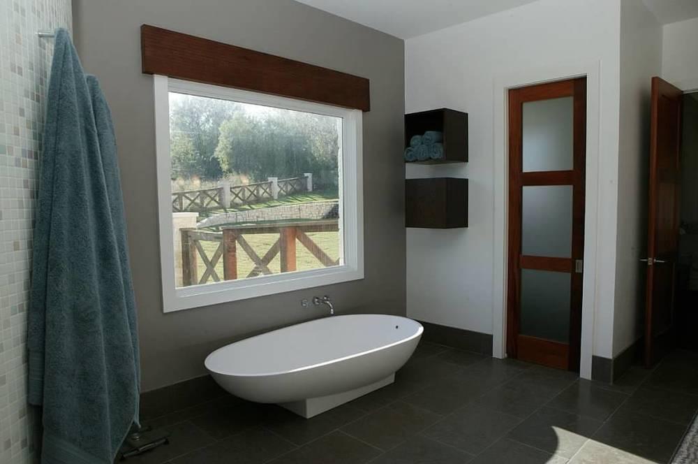 bath_Spuria.jpg