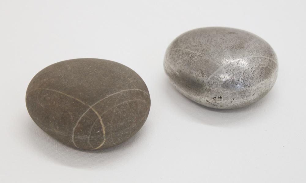 Found object - stone stone & aluminium 4 x 2 cm