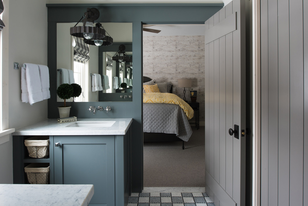 tame-fish-wash-room.jpg